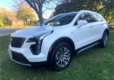 Cadillac_XT4_White