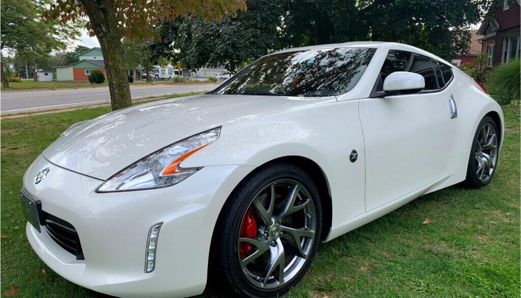 Nissan_White
