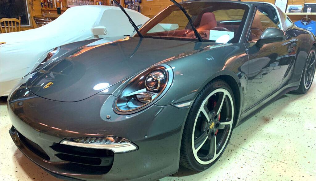 Porsche_911_Targa_02